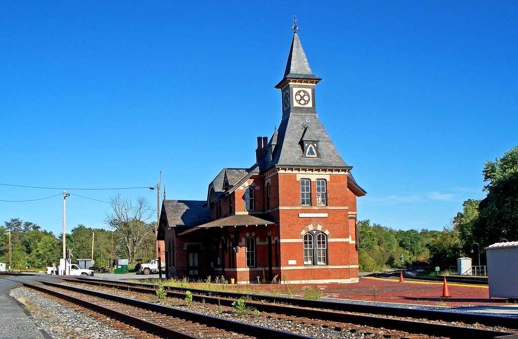 Point of Rocks - train station    Photo 1 of 10   Address: 4000 Clay St, Point of Rocks, MD 21777, USA
