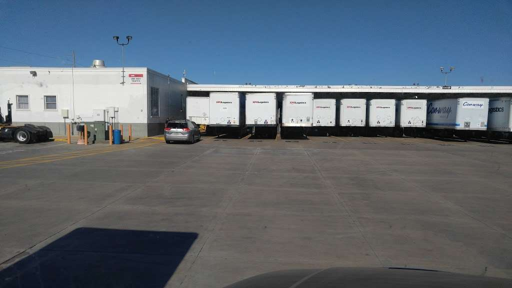 XPO Logistics - moving company  | Photo 5 of 10 | Address: 5020 Calvert St, Dallas, TX 75247, USA | Phone: (214) 631-5486