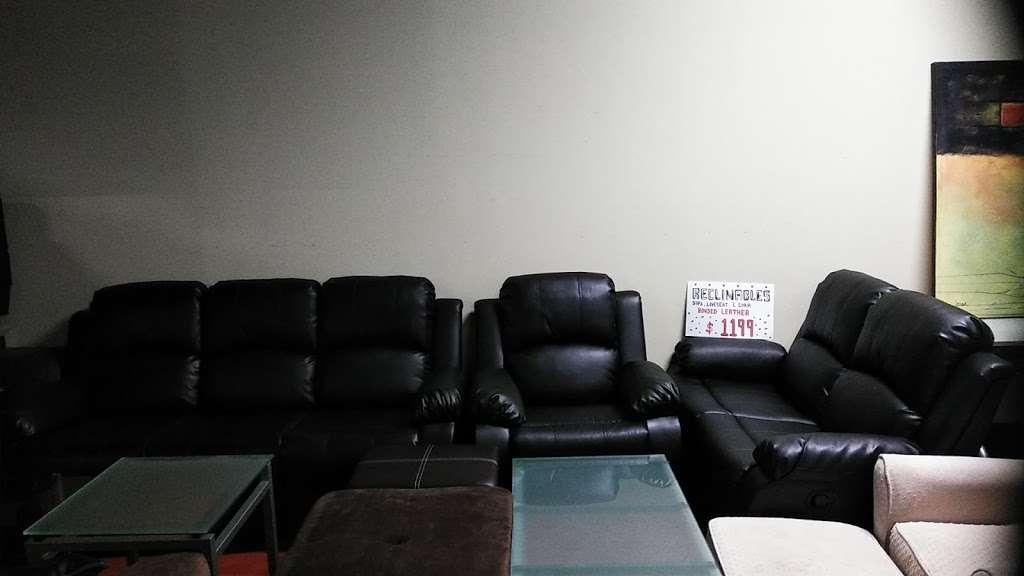 Rositas furniture - furniture store  | Photo 7 of 10 | Address: 5046 W Fullerton Ave, Chicago, IL 60639, USA | Phone: (773) 276-9250