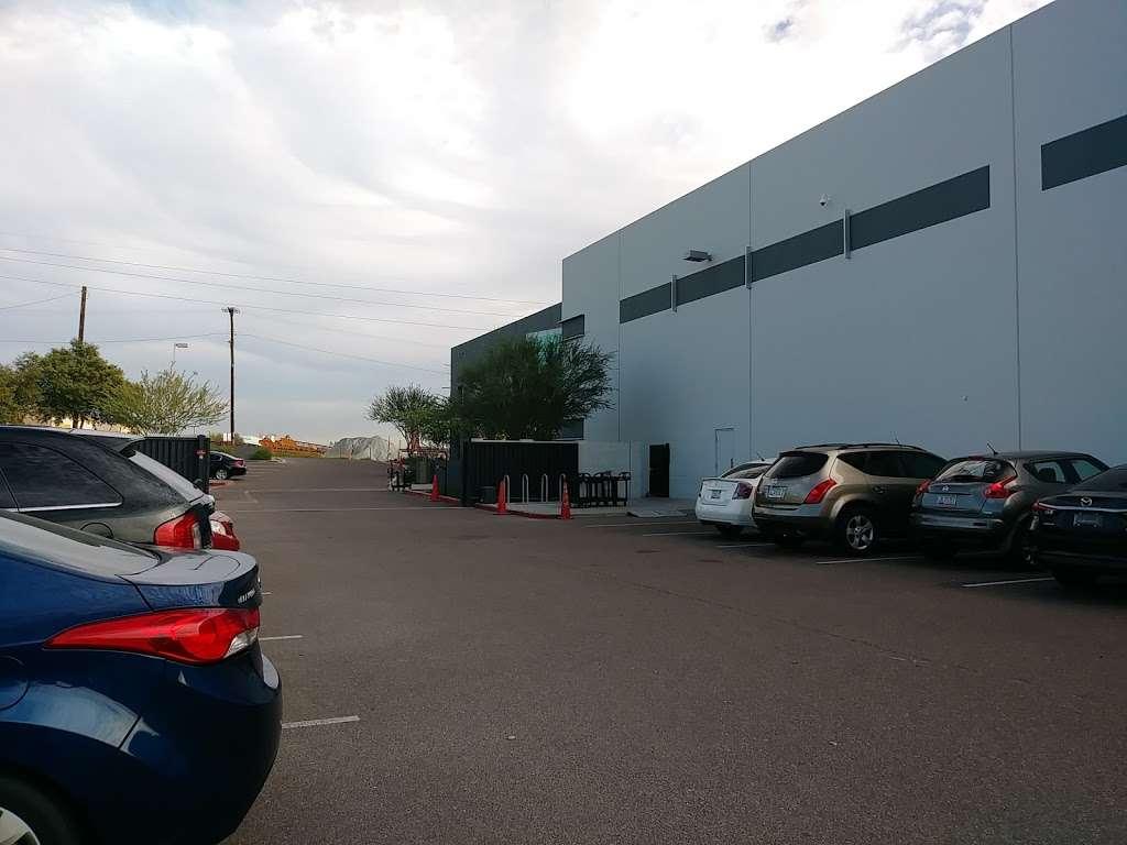 Amazon FLEX UAZ1 - storage  | Photo 7 of 10 | Address: 500 S 48th St, Phoenix, AZ 85034, USA | Phone: (888) 281-6901
