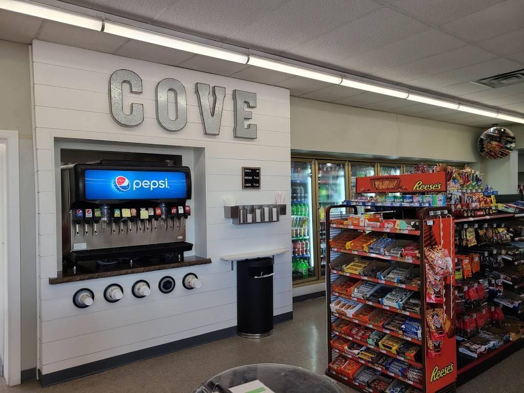 The Cove - restaurant  | Photo 3 of 8 | Address: 10202 N Cincinnati Ave, Sperry, OK 74073, USA | Phone: (918) 288-5001
