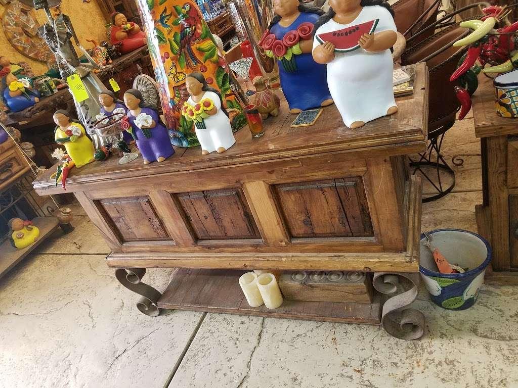 Little Baja Garden & Design - furniture store  | Photo 9 of 10 | Address: 3033 W Ford Ave, Las Vegas, NV 89139, USA | Phone: (702) 407-0020