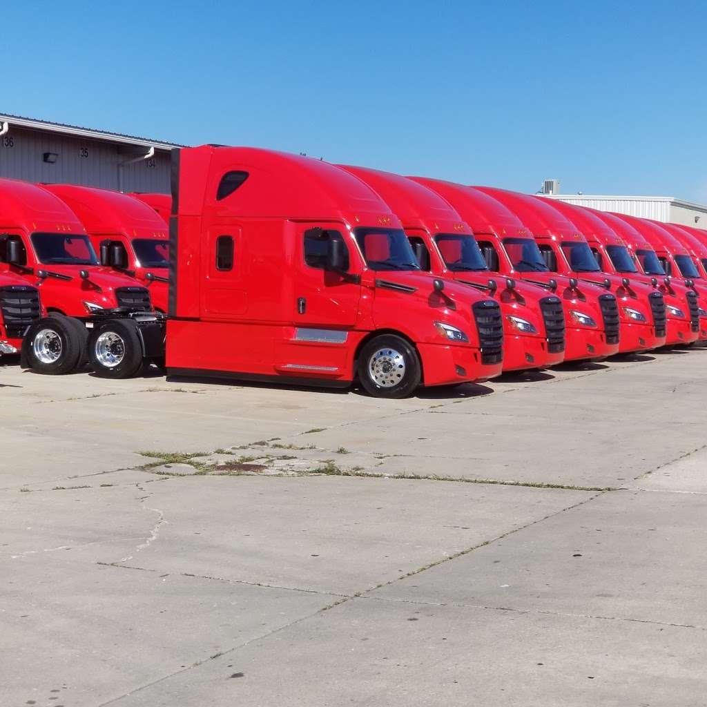 Trucking Experts, LLC - moving company  | Photo 3 of 10 | Address: 2130 W 163rd Pl, Markham, IL 60428, USA | Phone: (708) 362-6162