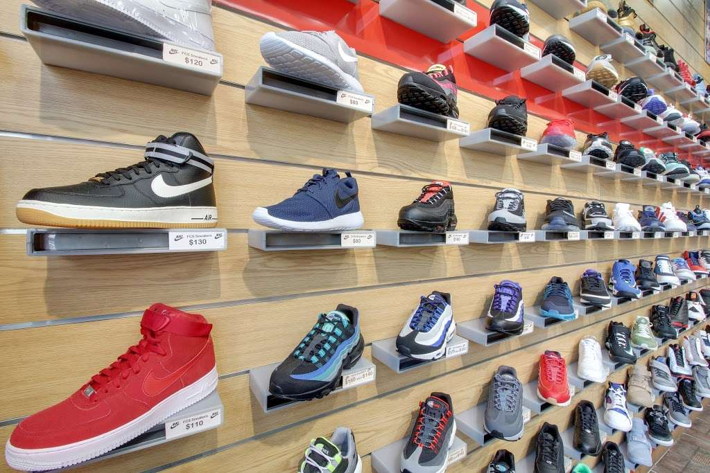 FCS SNEAKERS - clothing store  | Photo 9 of 10 | Address: 252-18 Rockaway Blvd, Rosedale, NY 11422, USA | Phone: (718) 470-2055