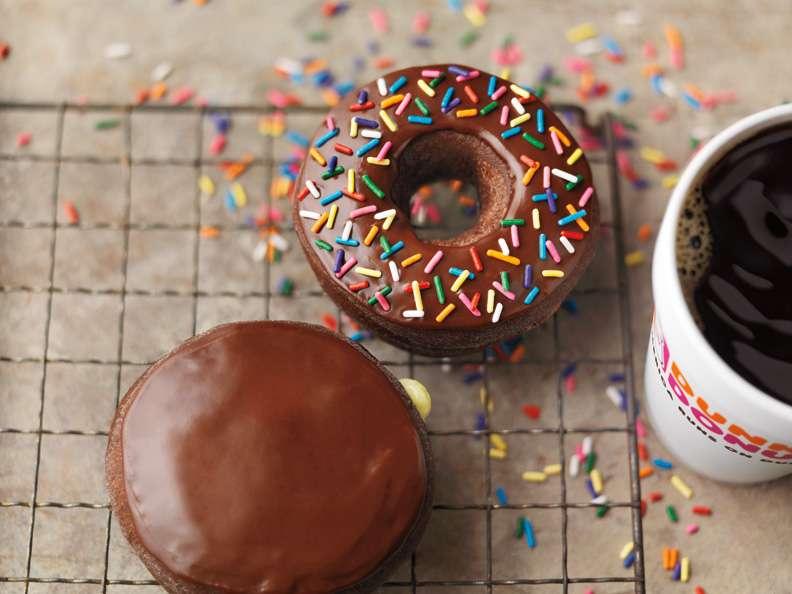Dunkin Donuts - cafe  | Photo 6 of 10 | Address: 2328 S Chickasaw Trail #17A, Orlando, FL 32825, USA | Phone: (407) 930-6631