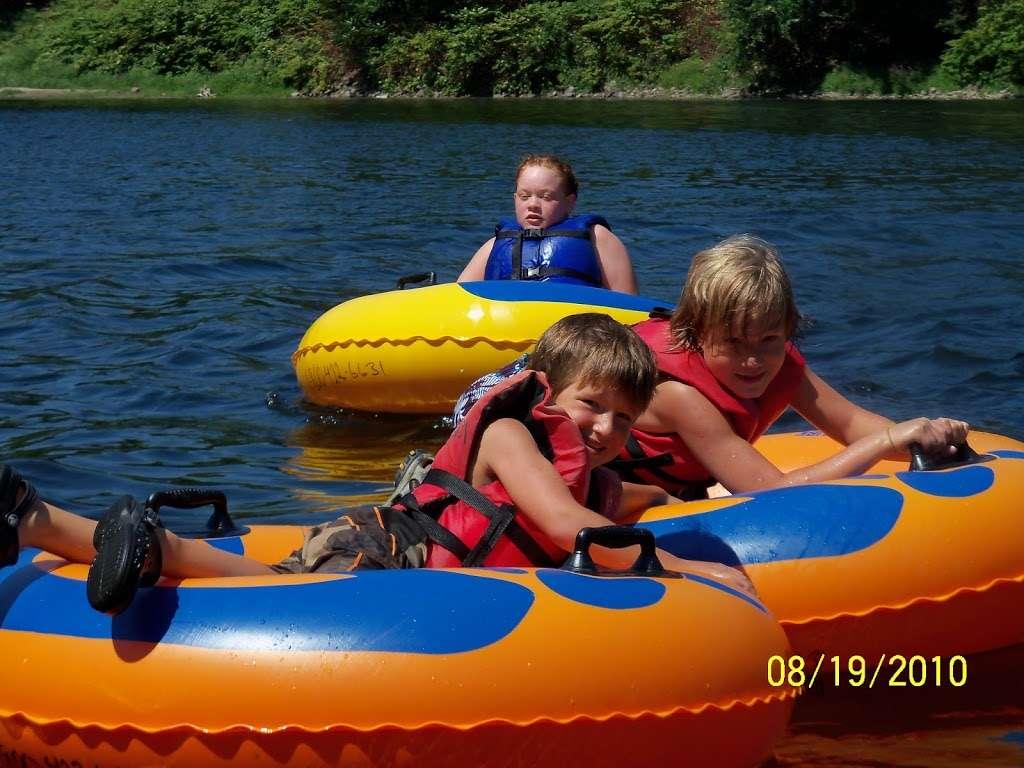 Chamberlain Canoes - travel agency  | Photo 10 of 10 | Address: 103 Five Star Ln, East Stroudsburg, PA 18301, USA | Phone: (570) 421-0180