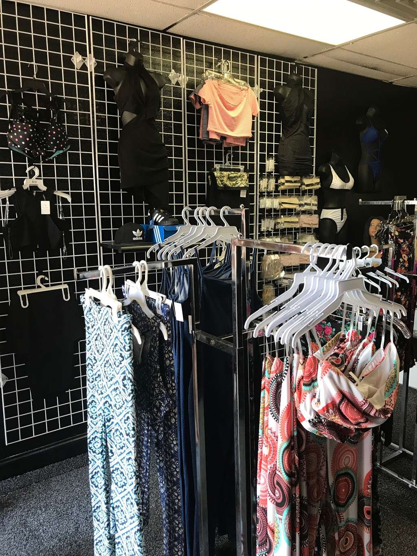 Ravishen Salon & Boutique - hair care    Photo 3 of 4   Address: 4000 Pioneer Rd Suite #105, Balch Springs, TX 75180, USA   Phone: (469) 955-0637