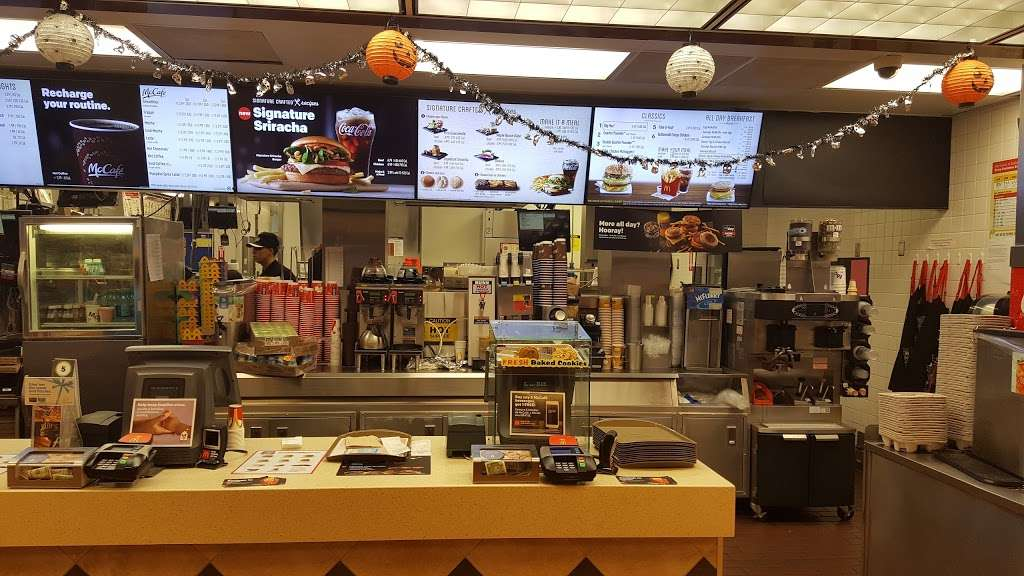 McDonalds - cafe  | Photo 1 of 10 | Address: 17951 Colima Rd, City of Industry, CA 91748, USA | Phone: (626) 810-1464