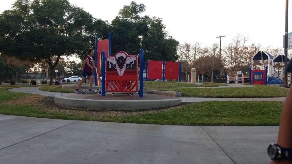 Parque De Los Sueños - park    Photo 4 of 10   Address: 1333 S Bonnie Beach Pl, Los Angeles, CA 90032, USA   Phone: (323) 260-2330