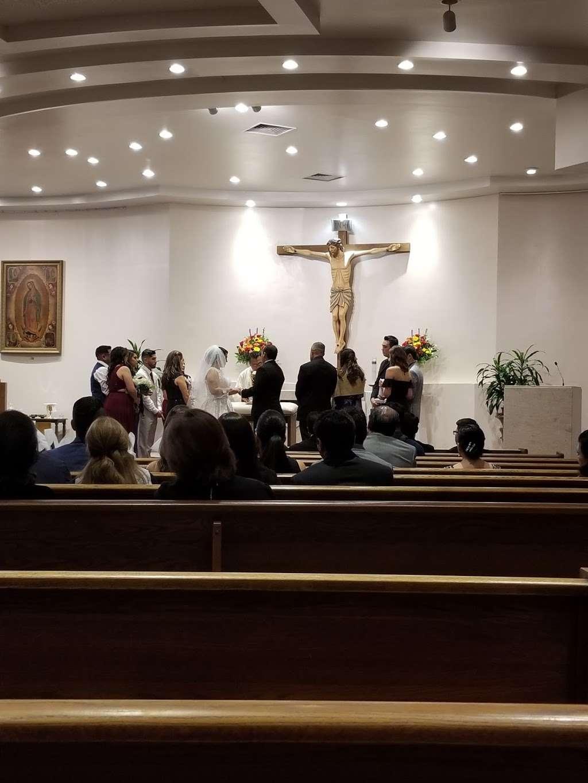 Holy Spirit Catholic Church - church  | Photo 4 of 10 | Address: 8134 Blanco Rd, San Antonio, TX 78216, USA | Phone: (210) 341-1395