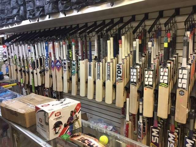 Cricket Zone Trophy World - store  | Photo 1 of 7 | Address: 1656 Castle Hill Ave, Bronx, NY 10462, USA | Phone: (718) 684-1140