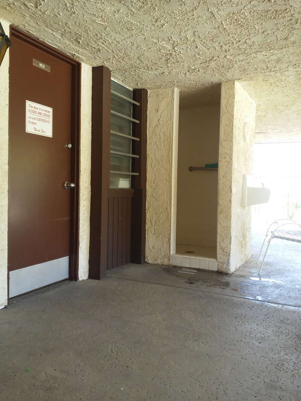 Susana Woods Prestige Mobile - rv park    Photo 6 of 10   Address: 6480 Katherine Rd, Simi Valley, CA 93063, USA   Phone: (805) 522-6660