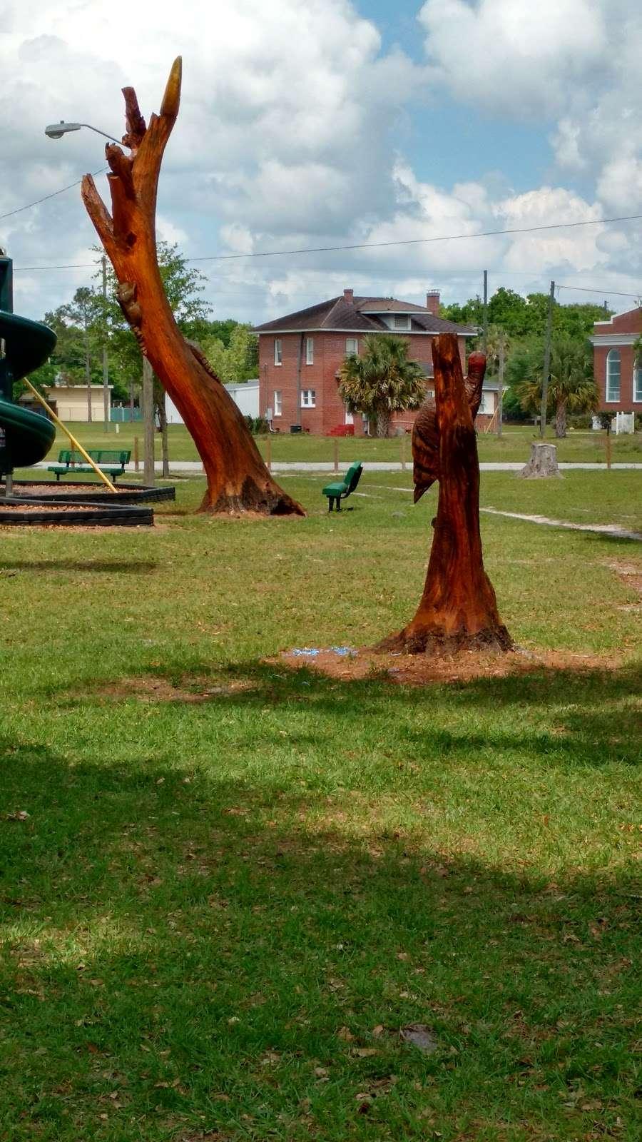 Cadwell Park - park  | Photo 4 of 10 | Address: 1 Cassady St, Umatilla, FL 32784, USA