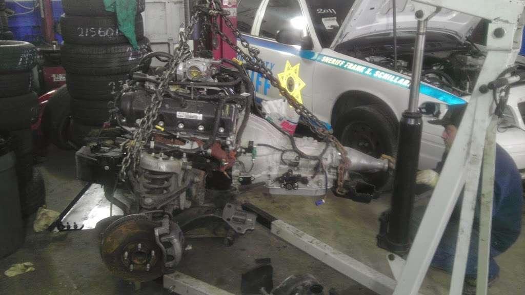 Mex 1 Boys auto repair - car repair  | Photo 4 of 10 | Address: 318 Manhattan Ave, Jersey City, NJ 07307, USA | Phone: (201) 420-1154