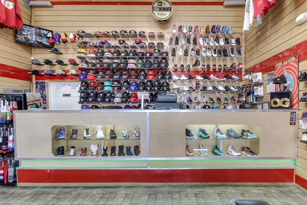 FCS SNEAKERS - clothing store  | Photo 8 of 10 | Address: 252-18 Rockaway Blvd, Rosedale, NY 11422, USA | Phone: (718) 470-2055