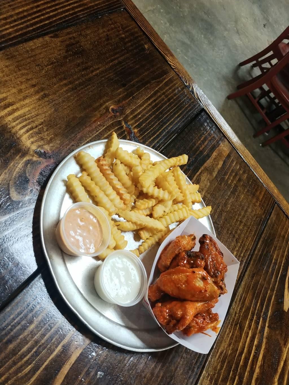 Mad Pies Pizzeria - restaurant  | Photo 4 of 10 | Address: 1731 Decatur Hwy, Coalburg, AL 35068, USA | Phone: (205) 285-9220