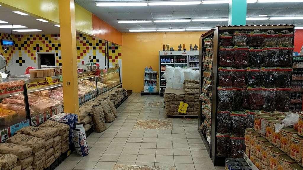 El Toro Loco - store    Photo 7 of 10   Address: 3001-3077 Taft Hwy, Bakersfield, CA 93313, USA   Phone: (661) 831-1852