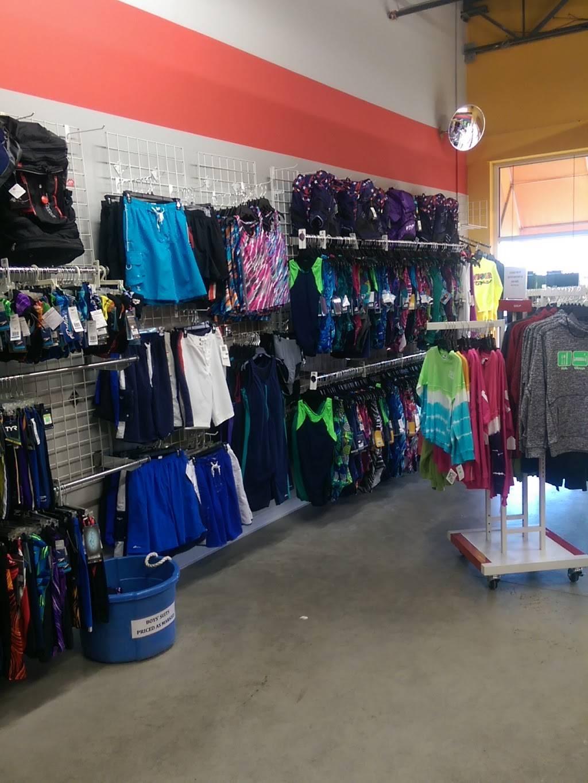 Making Waves USA - clothing store  | Photo 1 of 3 | Address: 6935 Lake Plaza Dr, Indianapolis, IN 46220, USA | Phone: (317) 849-0900
