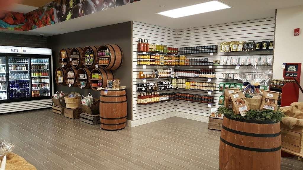 Taste NY Long Island Welcome Center - travel agency  | Photo 1 of 10 | Address: 5100 Long Island Expy, Dix Hills, NY 11746, USA | Phone: (631) 254-0414