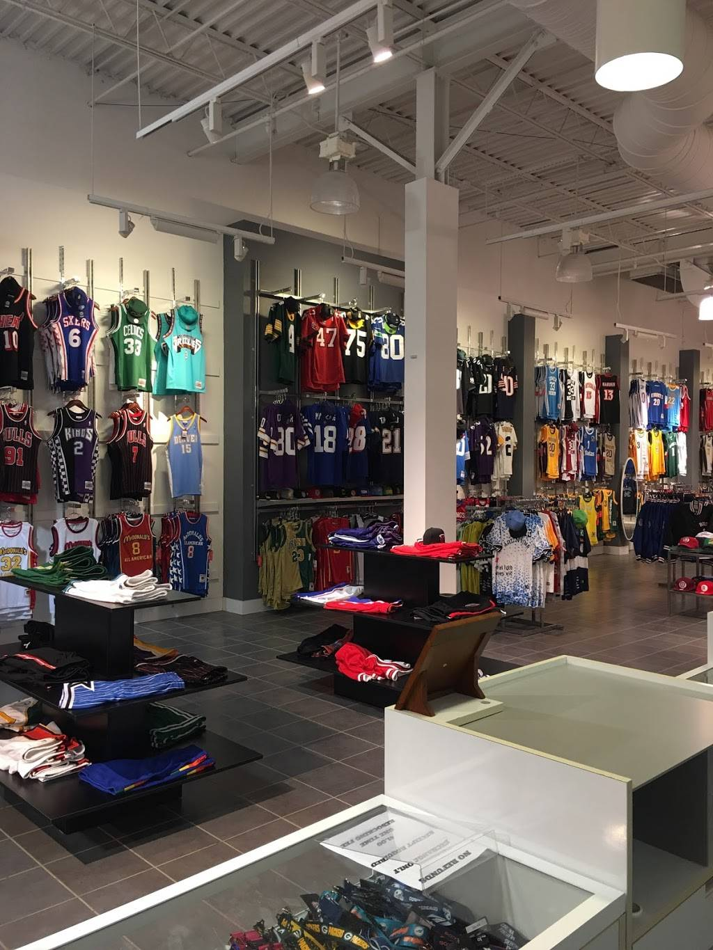 All-Star Sports - clothing store  | Photo 7 of 10 | Address: 300 Monticello Ave #194, Norfolk, VA 23510, USA | Phone: (833) 746-7277
