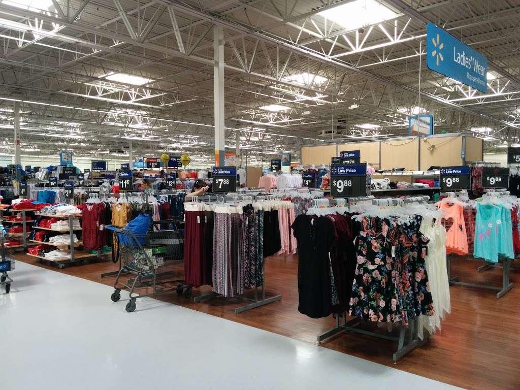 Walmart Supercenter - department store  | Photo 1 of 10 | Address: 7250 Carson Blvd, Long Beach, CA 90808, USA | Phone: (562) 425-5113