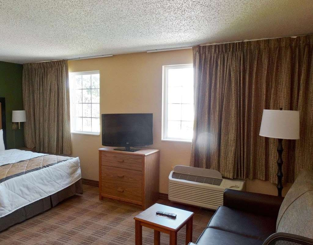 Extended Stay America - Dallas - DFW Airport N. - lodging  | Photo 8 of 10 | Address: 7825 Heathrow Dr, Irving, TX 75063, USA | Phone: (972) 929-3333