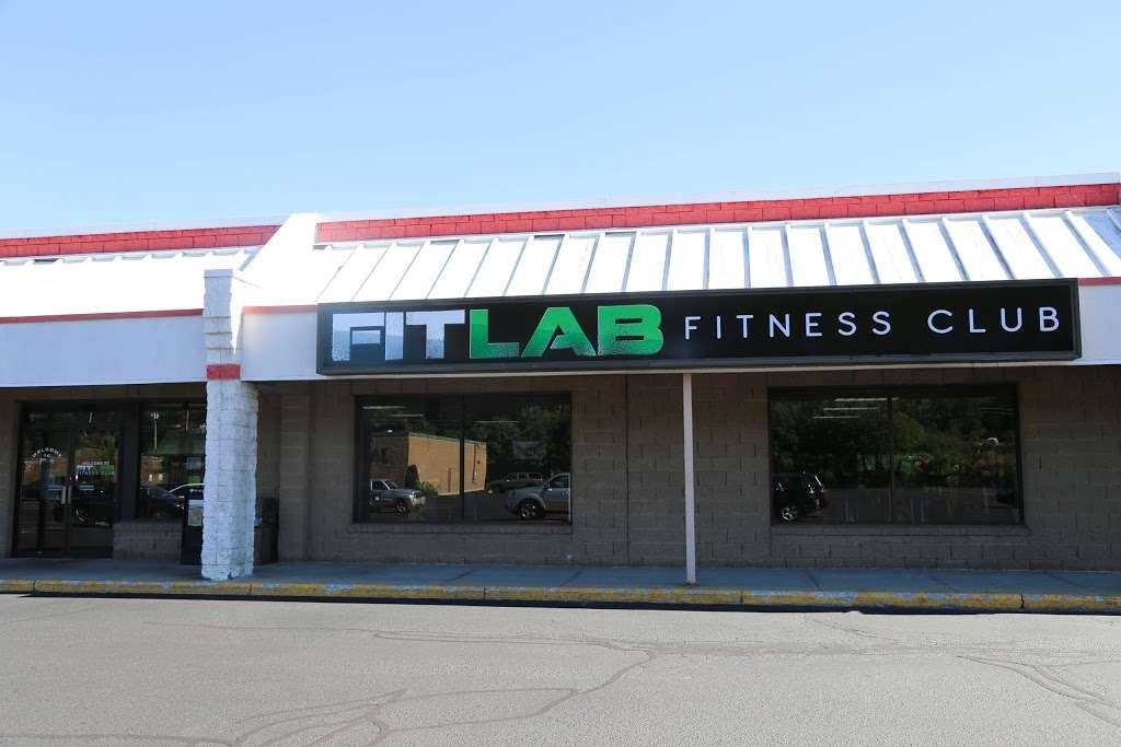 FITLAB Fitness Club Merrimack - gym  | Photo 9 of 10 | Address: 515 Daniel Webster Hwy, Merrimack, NH 03054, USA | Phone: (603) 429-4653