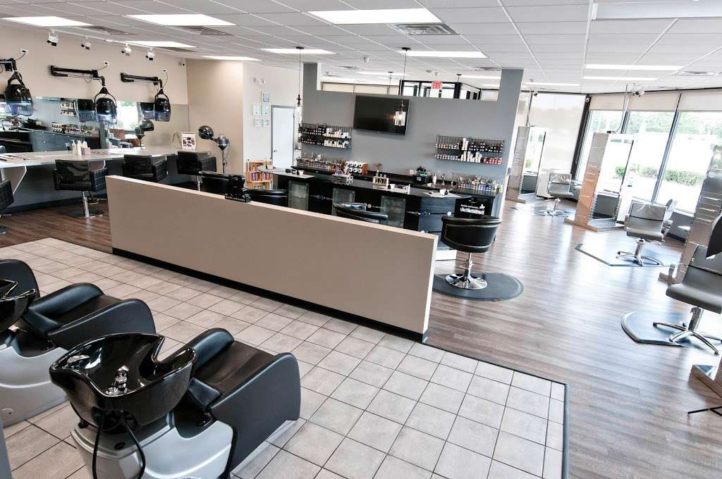 Fuschay Beauty Bar - hair care  | Photo 1 of 10 | Address: 847 N Wilke Rd, Arlington Heights, IL 60005, USA | Phone: (847) 873-1680