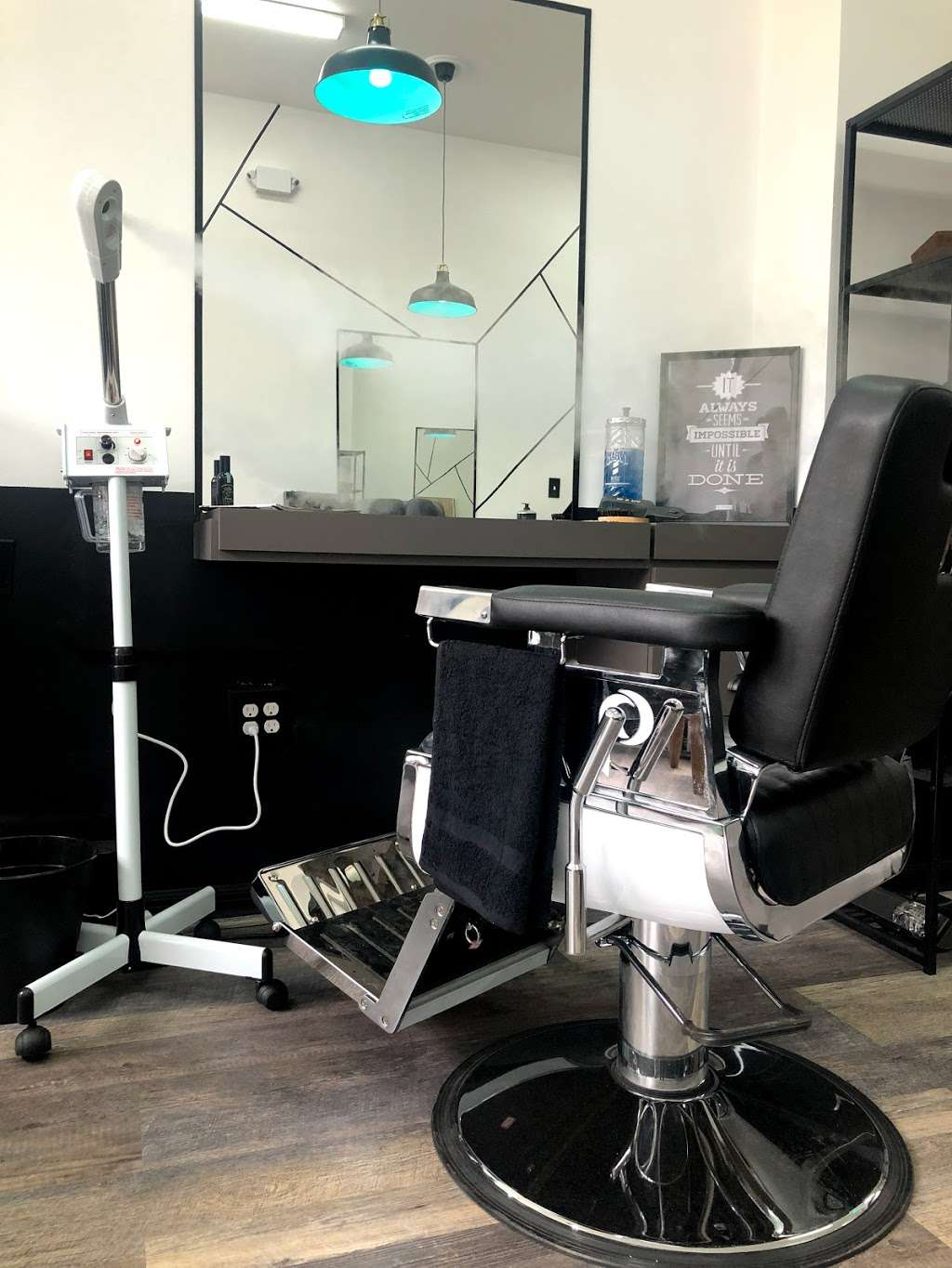 Level Up Grooming Studio - hair care    Photo 2 of 10   Address: 3531 3rd Ave Store 1A, The Bronx, NY 10456, USA   Phone: (347) 591-5213