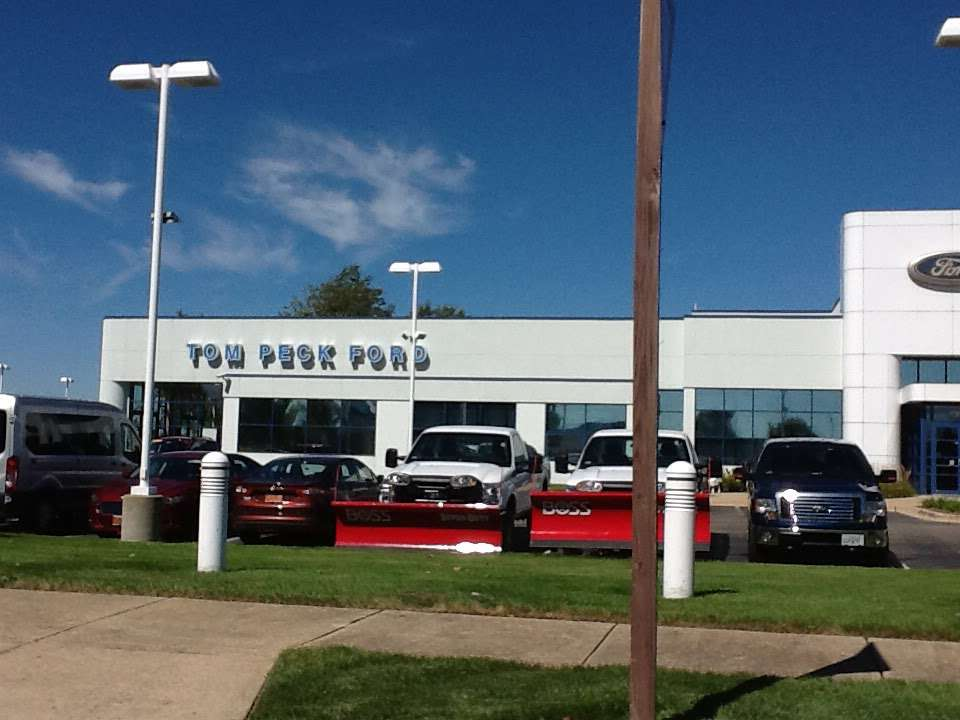 Tom Peck Ford of Huntley - car repair  | Photo 3 of 10 | Address: 13900 Automall Dr, Huntley, IL 60142, USA | Phone: (847) 669-6060