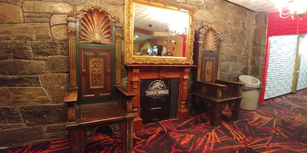 Allwood Theater in Clifton. - movie theater  | Photo 8 of 10 | Address: 96 Market St, Clifton, NJ 07012, USA | Phone: (973) 778-9774
