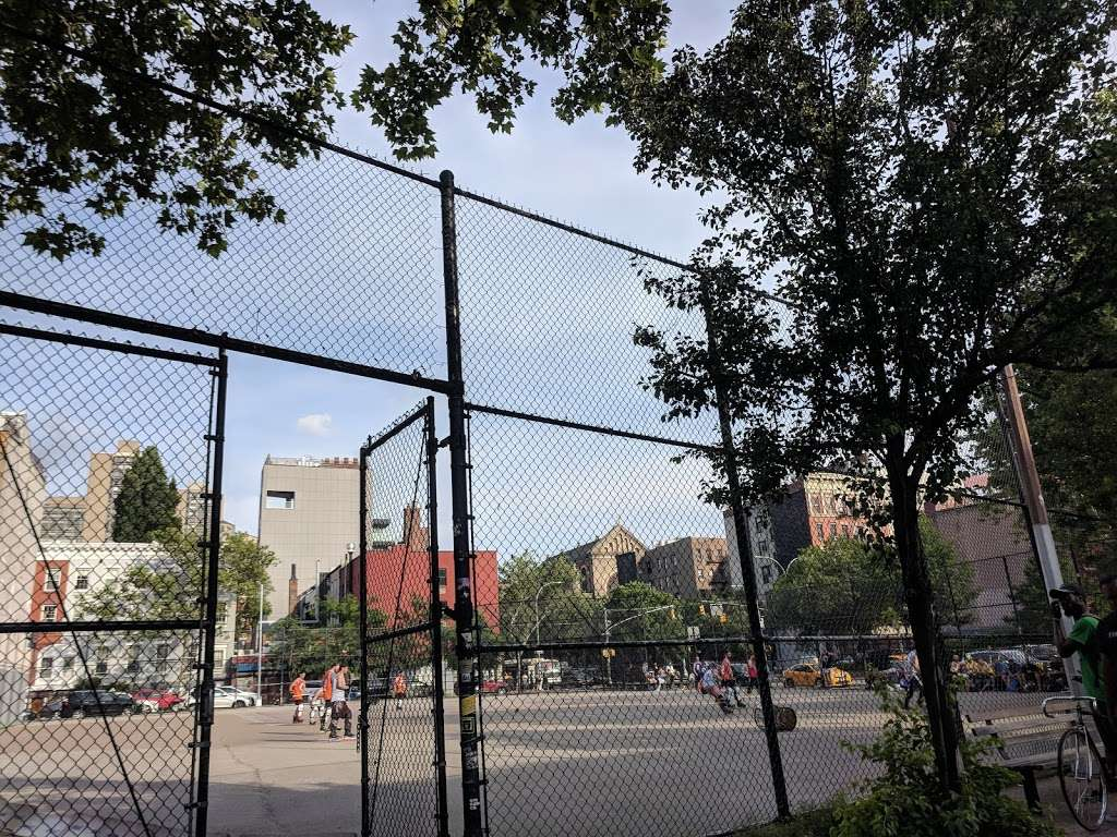 William F. Passannante Ballfield - park  | Photo 2 of 10 | Address: W. Houston St. &, 6th Ave, New York, NY 10012, USA | Phone: (212) 639-9675