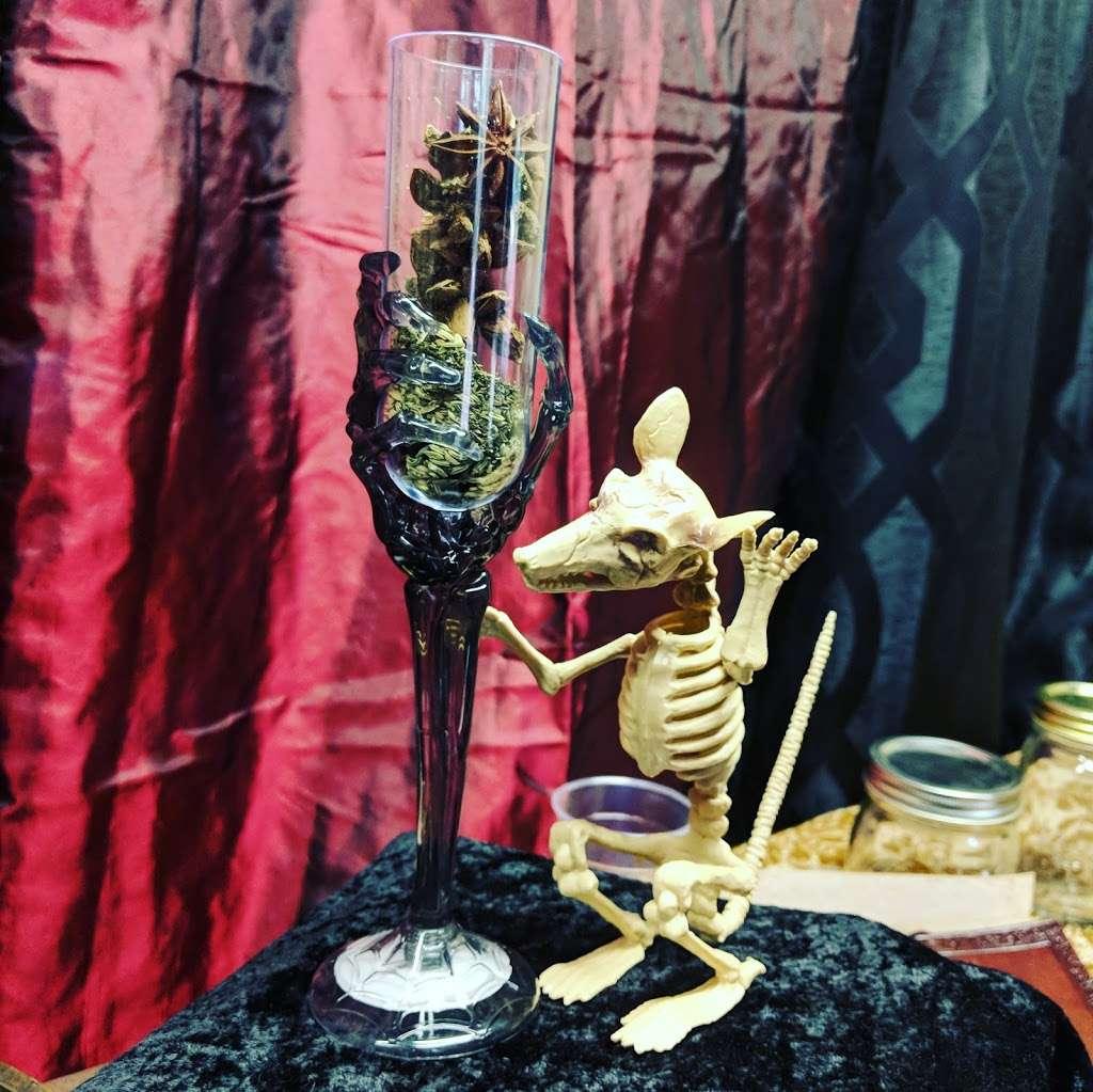 Le Loup Garou Alchemy, Kansas City Renaissance Festival - store  | Photo 2 of 10 | Address: Bonner Springs, KS 66012, USA