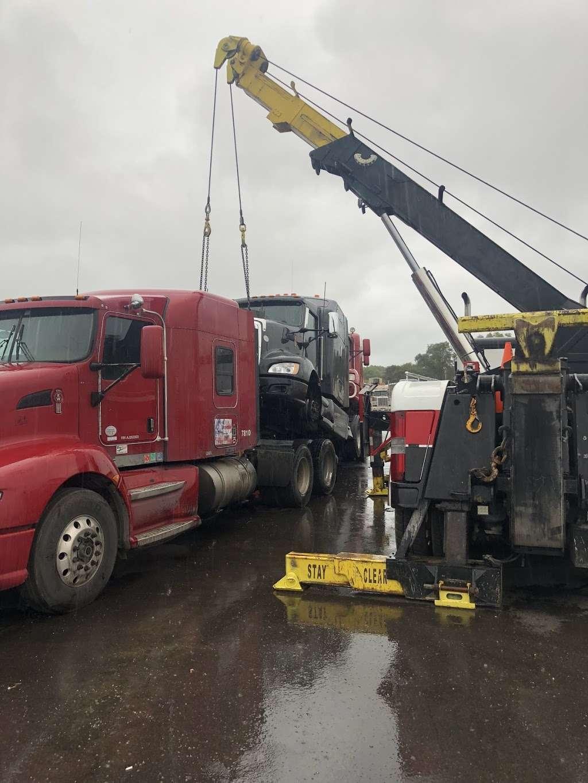 Macer Truck and Trailer Repair Shop - car repair  | Photo 8 of 10 | Address: 7800 Melton Rd, Gary, IN 46403, USA | Phone: (219) 746-4487