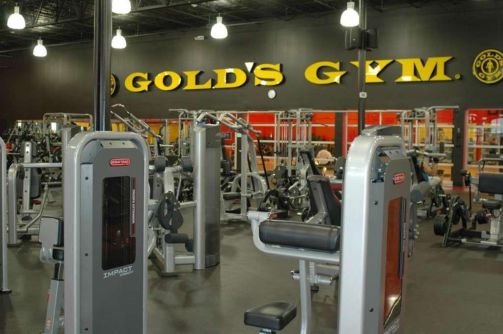 Golds Gym - gym  | Photo 1 of 10 | Address: 3040 FM 1960 #300, Houston, TX 77073, USA | Phone: (281) 645-2100