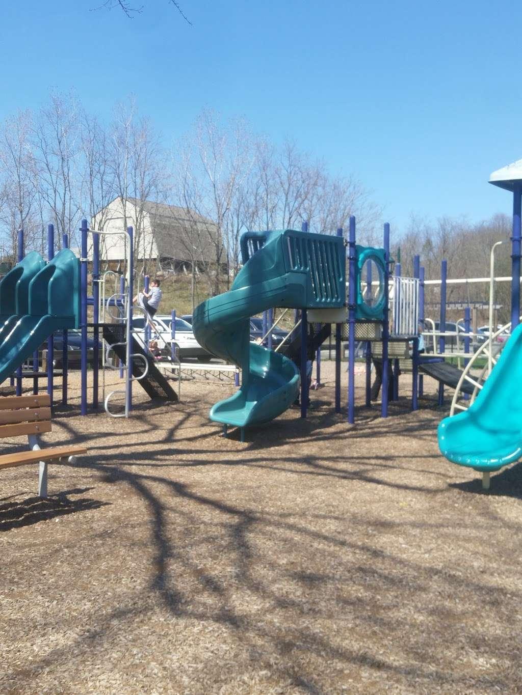 Lions Park - park  | Photo 3 of 10 | Address: 236-, 240 Lake St, Upper Saddle River, NJ 07458, USA