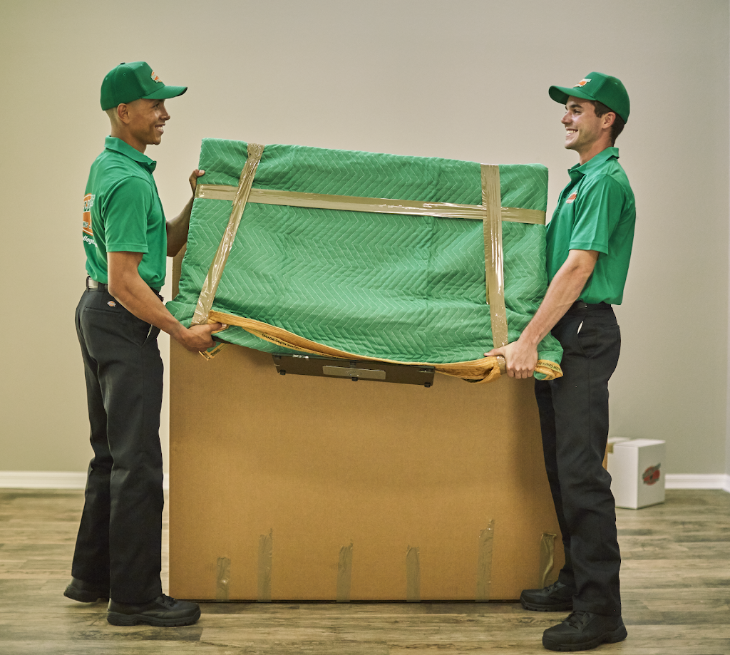 College Hunks Hauling Junk and Moving - moving company  | Photo 7 of 10 | Address: 11801 W Fairview Ave, Wauwatosa, WI 53226, USA | Phone: (414) 436-2909