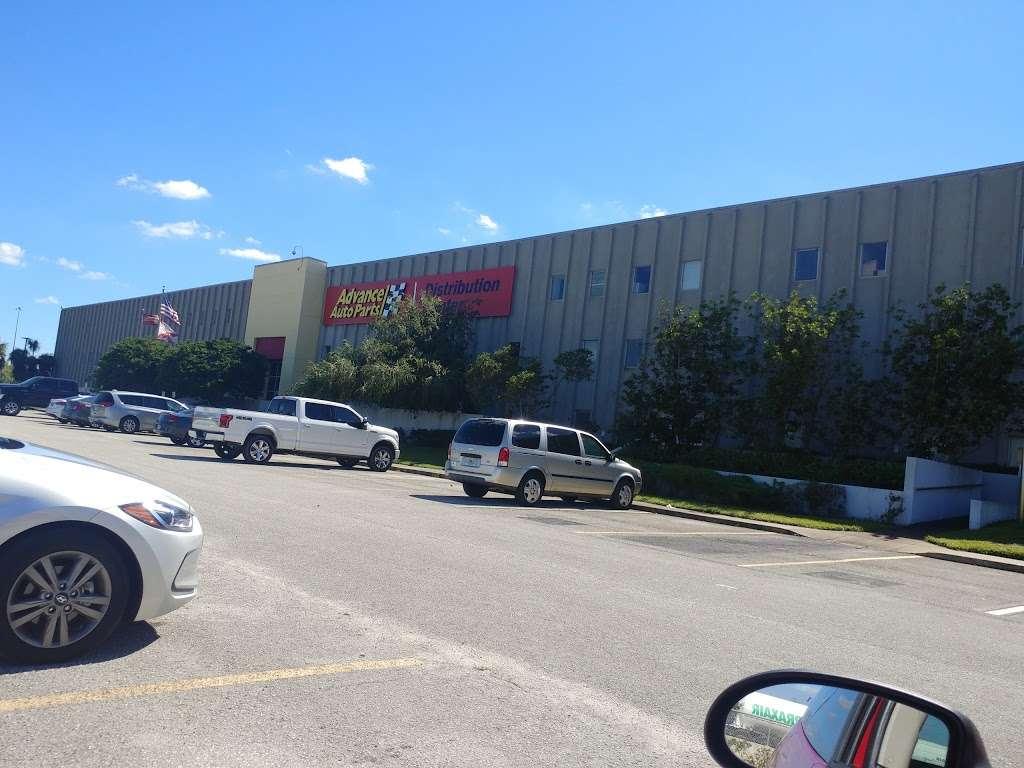 Advance Auto Parts Distribution Center - car repair  | Photo 5 of 15 | Address: s 33815, 4900 Frontage Rd S, Lakeland, FL 33815, USA | Phone: (863) 284-2080