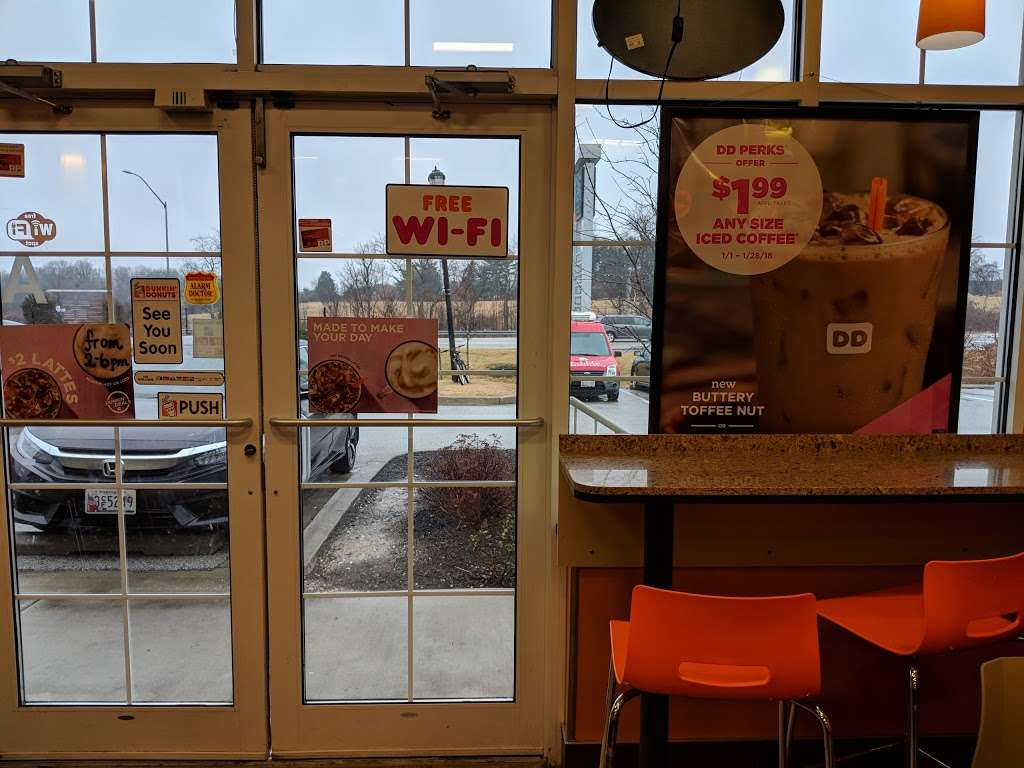 Dunkin Donuts - cafe  | Photo 4 of 10 | Address: 6010 Meadowridge Center Dr, Elkridge, MD 21075, USA | Phone: (410) 799-2888