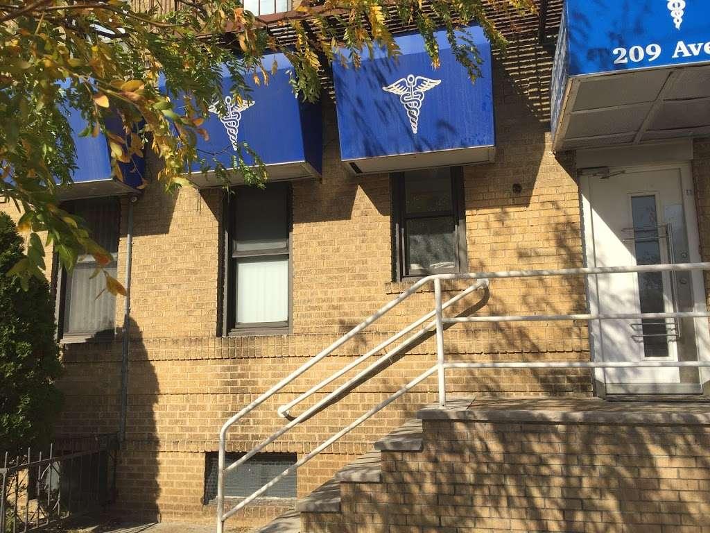 Medical clinic - health  | Photo 5 of 8 | Address: 209 Avenue P, Brooklyn, NY 11204, USA | Phone: (718) 646-4500
