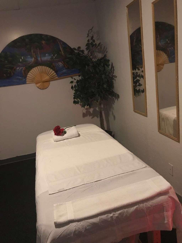 Asian Massage Jade Massage - spa  | Photo 5 of 10 | Address: 5832 W San Miguel Ave, Glendale, AZ 85301, USA | Phone: (623) 939-1308