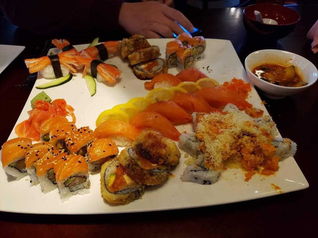 Sunnys Sushi - restaurant    Photo 2 of 10   Address: 910 E Redd Rd, El Paso, TX 79912, USA   Phone: (915) 842-9508