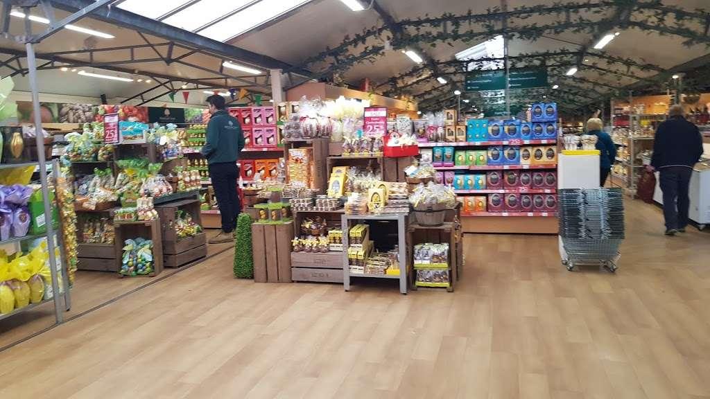 Woodcote Green - florist  | Photo 4 of 10 | Address: Woodcote Green Garden Centre & Nurseries, 4a Woodmansterne Ln, Wallington SM6 0SU, UK | Phone: 020 8647 6838