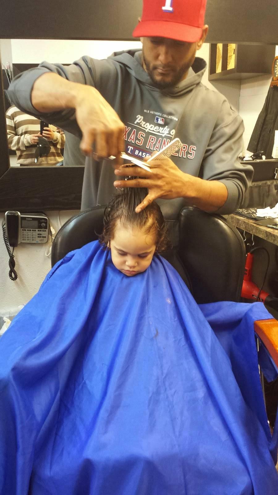 Xclusivo Cutz - hair care  | Photo 2 of 6 | Address: 2020 Mansfield Webb Rd, Arlington, TX 76002, USA | Phone: (817) 557-6448