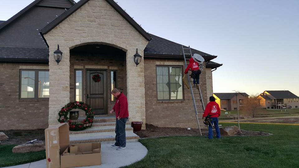 Texas Brite Christmas Lights LLC of Round Rock - Residential and Commercial Installation - convenience store    Photo 1 of 2   Address: 2202 Wagon Gap Dr #103, Round Rock, TX 78681, USA   Phone: (512) 456-9935