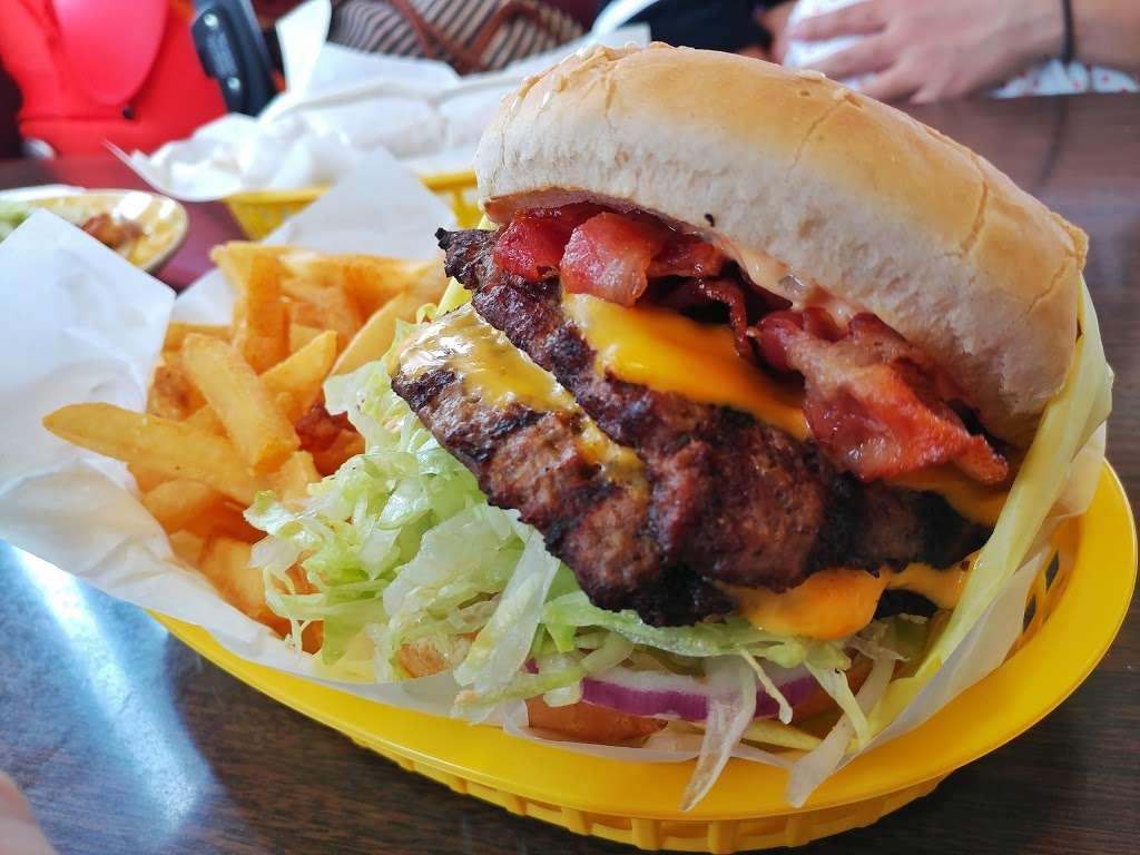 Yellow Basket - restaurant  | Photo 9 of 10 | Address: 18189 S Western Ave, Gardena, CA 90248, USA | Phone: (310) 327-2064