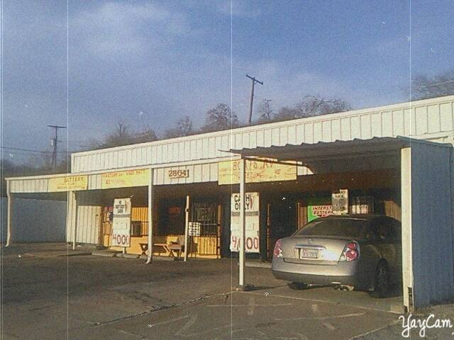 Singletons Battery Co - car repair  | Photo 8 of 10 | Address: 2804 Jacksboro Hwy, Fort Worth, TX 76114, USA | Phone: (817) 626-3326