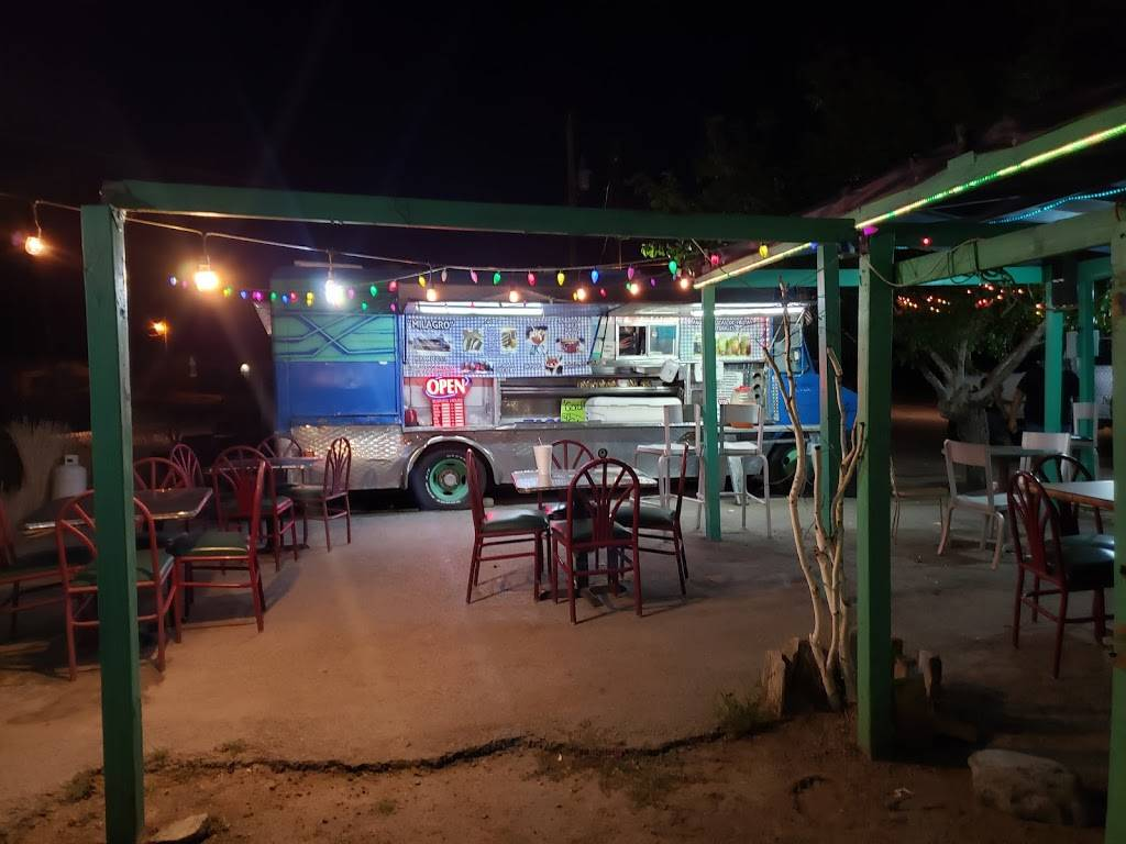 Tacos El Milagro - restaurant  | Photo 1 of 2 | Address: 800 Anthony Dr, Anthony, NM 88021, USA | Phone: (915) 226-2594
