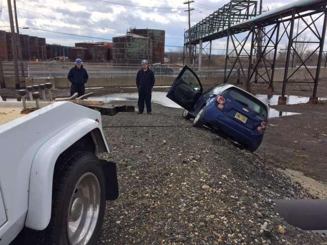 Advanced Towing - car repair  | Photo 7 of 10 | Address: 1163 John Fitzgerald Kennedy Blvd, Bayonne, NJ 07002, USA | Phone: (201) 437-6339
