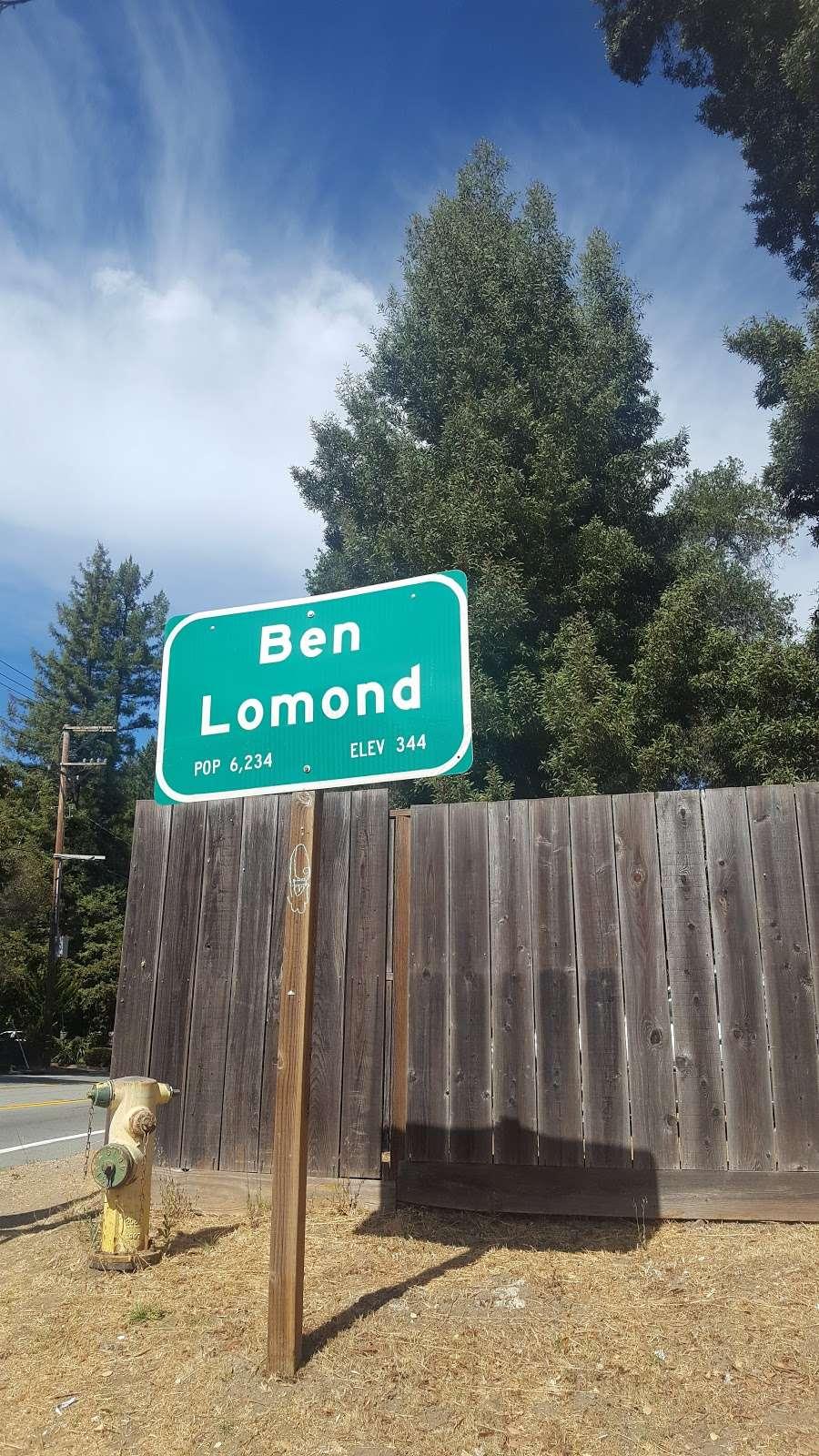 Masoods Liquor & Deli - store  | Photo 8 of 10 | Address: 7970 CA-9, Ben Lomond, CA 95005, USA | Phone: (831) 336-2555
